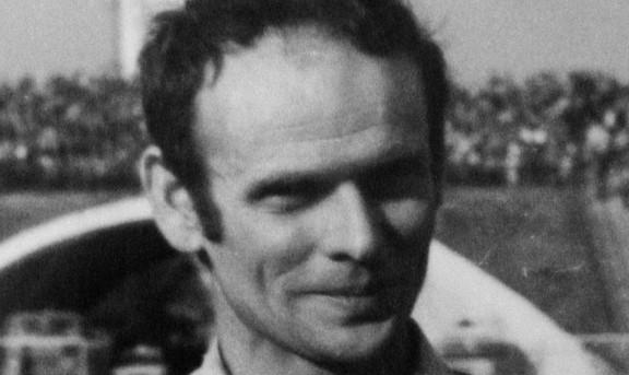 Paweł Waloszek (2)